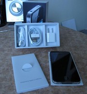 i want to sell the Apple Iphone 4 32gb for $350 contact me if interest