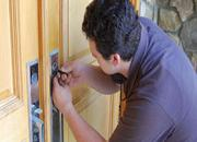 Cheap locksmith in Canberra works for you